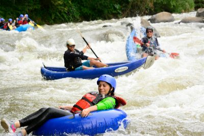 white-water-tubing-class-i-ii-from-la-fortuna-02